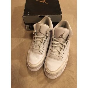 Air Jordan Retro 3 Pure Money